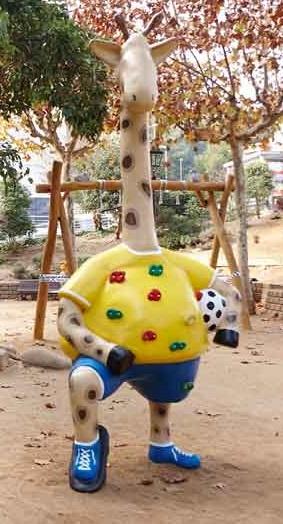 La girafe d'escalade