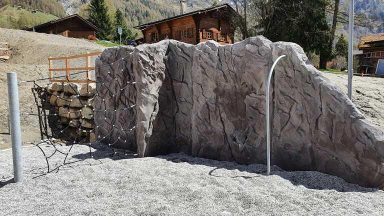 Structure rocheuses réaliste pour l'escalade